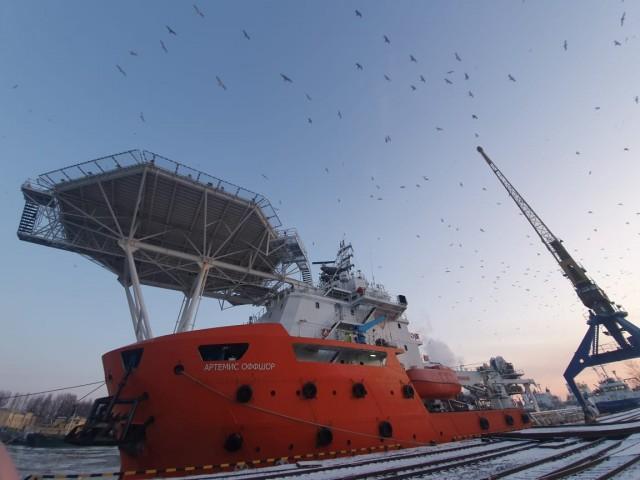 Ремонт палубы на судне «Артемис Оффшор»